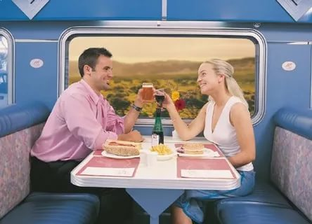 Как найти человека, с которым познакомился в поезде?